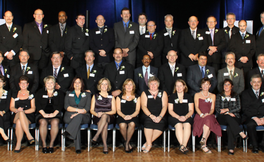 Large group of Quarter Century inductees at event